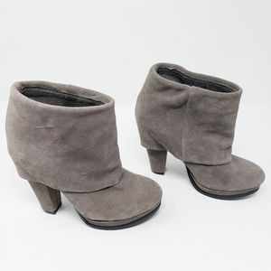 Steve Madden suede faux foldover booties, 6M